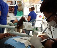 Programas de atención dental para niños, jóvenes, mujeres y adultos mayores