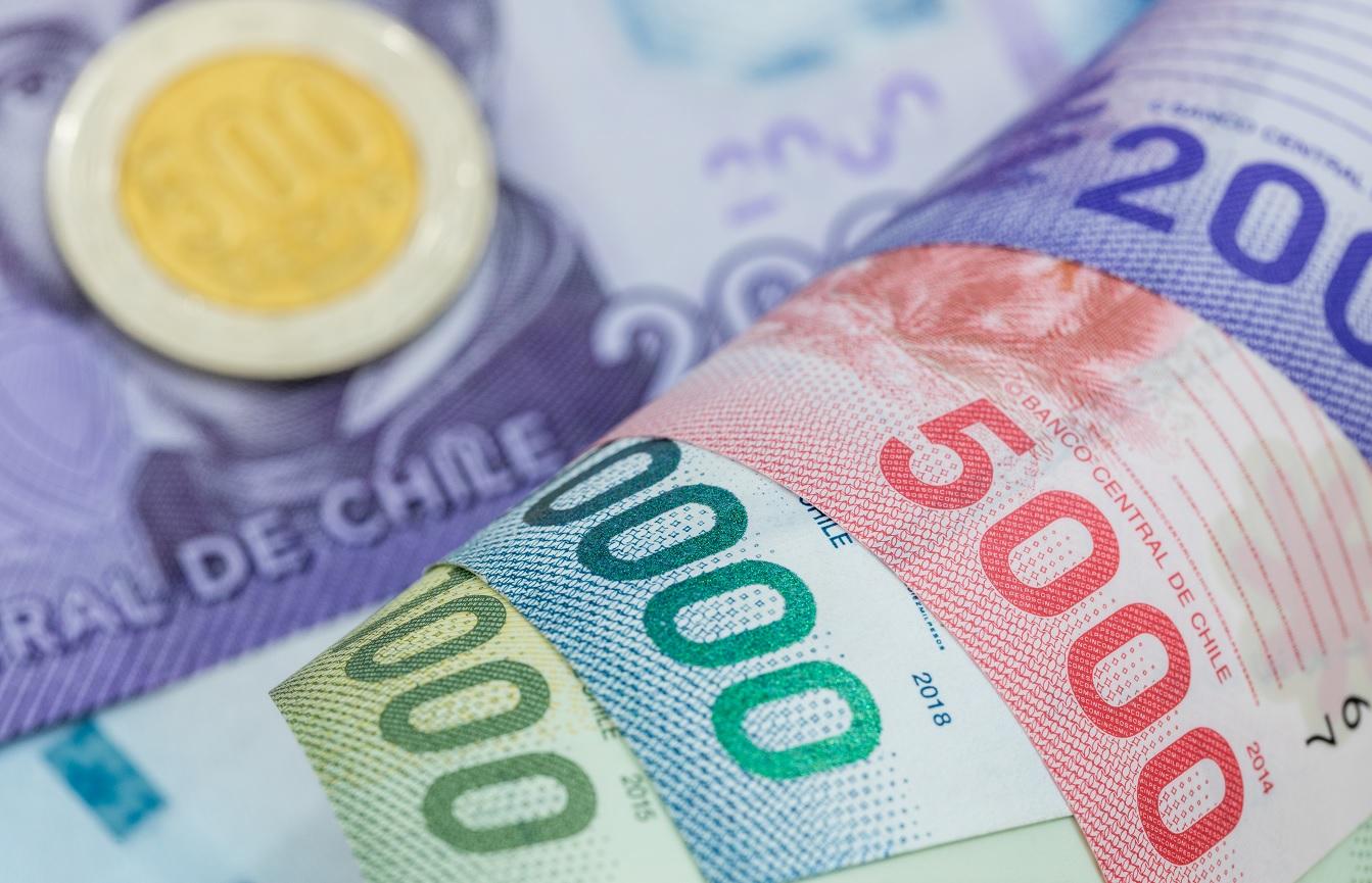 Proponen subir la entrega del Ingreso Familiar de Emergencia hasta los $451 mil pesos